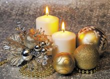 Две свечи